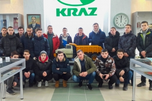 Would-Be Service Technicians and Welders Visit KrAZ Museum