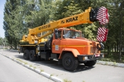 """""""KrAZ"""" Ships 25 tonne Crane to Poltava Mining and Concentrating Company"""